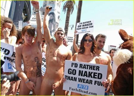 brian-kehoe-naked-peta.jpg