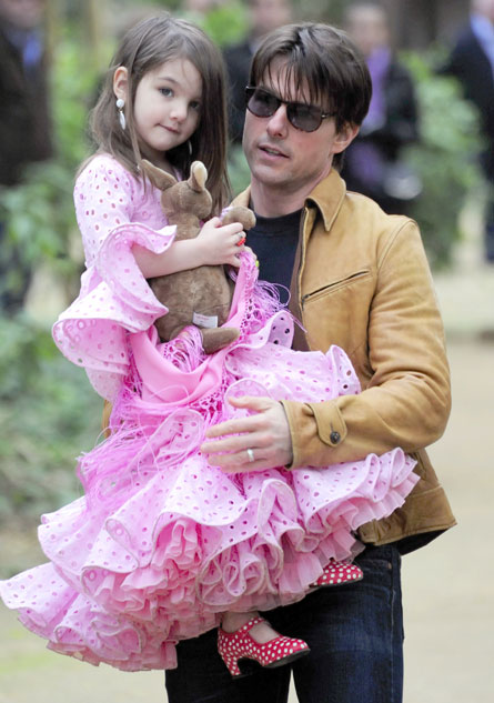 tom-cruise-suri-ruffles-dress.jpg
