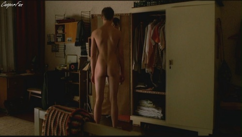 david-kross-nude-deleted-02.JPG