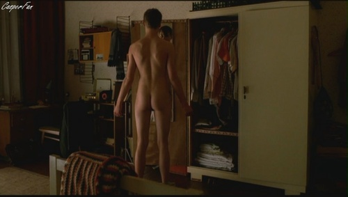 david-kross-nude-deleted-03.JPG