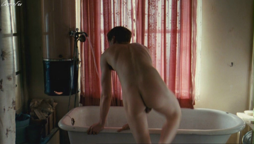 Can recommend David kross nude scene opinion