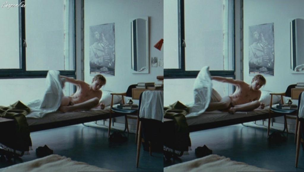 David kross scene nudo milf