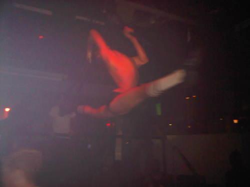 splash-contortionist-gogo-boy-04.jpg