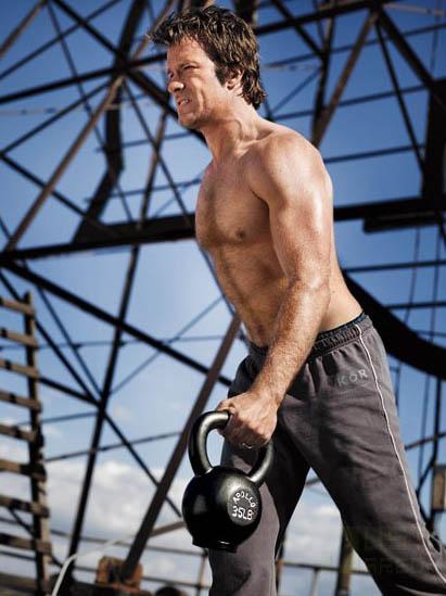 thomas-jane-mens-fitness.jpg