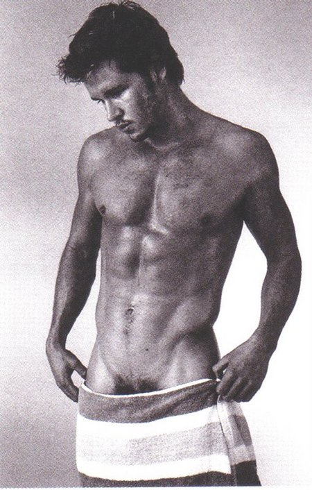 Ryan Kwanten  low towel.jpeg