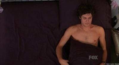 adam-brody-shirtless-08.jpg