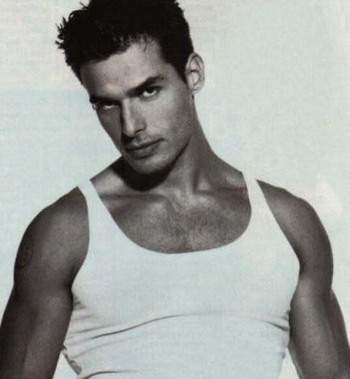 antonio-sabato-jr-portrait.jpg