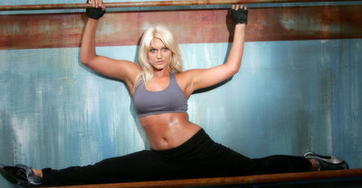 brookehogan-splits.jpg