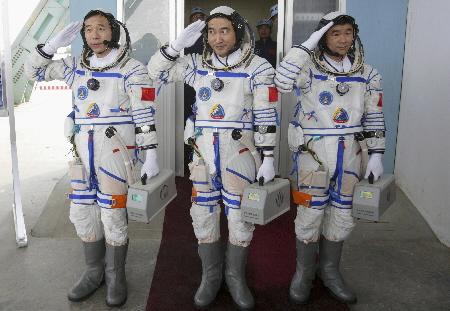chinese-astronauts.jpg