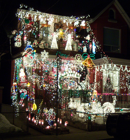 crazy-xmas-lights-toronto.jpg