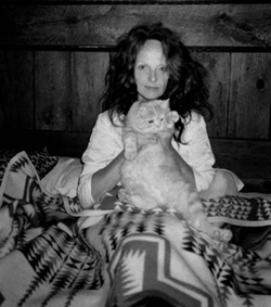 grace-coddington-cat.jpg