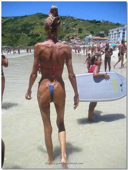 grandma-bikini02.jpg