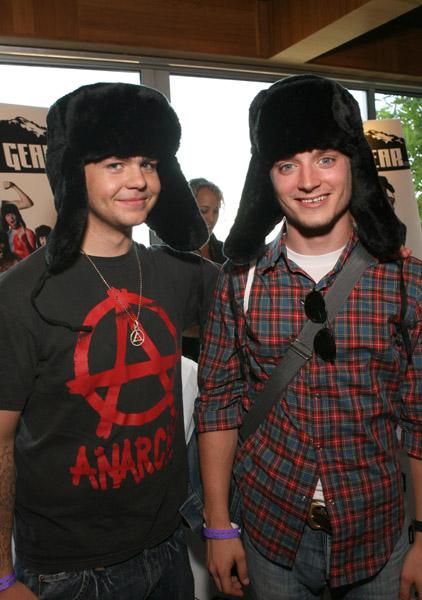 jack-elijah-hats.jpg