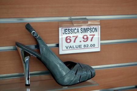 jessica-simpson-shoe.jpg