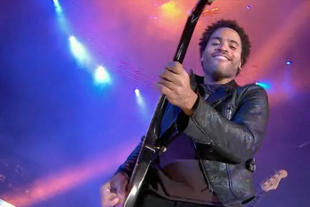 lenny-kravitz-playing.jpg