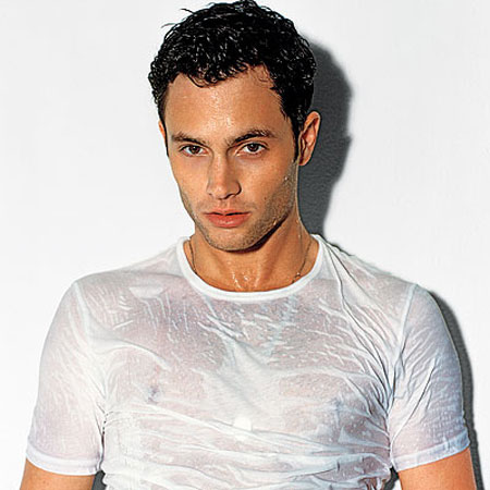 penn-badgley-wet.jpg