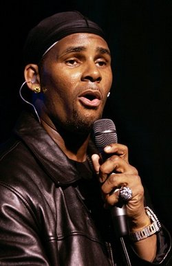 r-kelly-sings.jpg