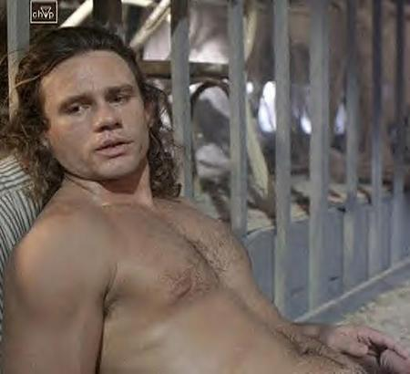 richard-tyson-naked-02.jpg