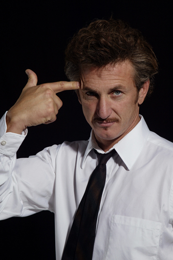 sean-penn-fingergun.jpg