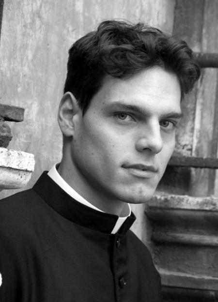 sexy-priest06.jpg