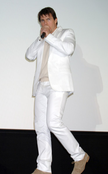 Tom Cruise white suit