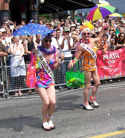 tpride-2006-beach-queens.jpg