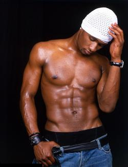 usher-shirtless.jpg