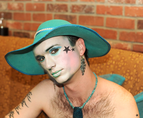 james-franco-drag-hat.png