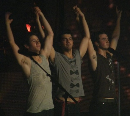 jonas-brother-armpits.jpg