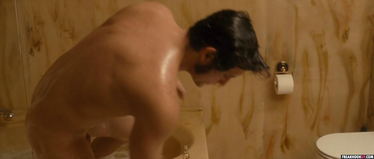 OMG, he's naked: Golden Globe winner Édgar Ramírez | !! omg blog ...: www.omgblog.com/2011/01/omg_hes_naked_golden_globe_win.php