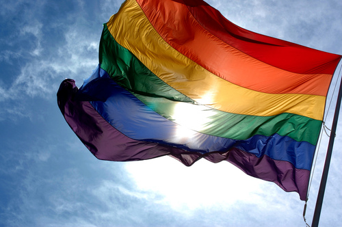 20090213141120!Rainbow_flag_and_blue_skies.jpg