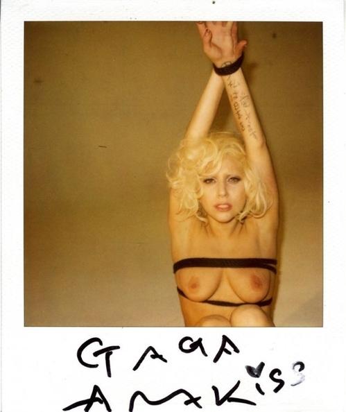 Lady-Gaga-Bondage-10.jpg