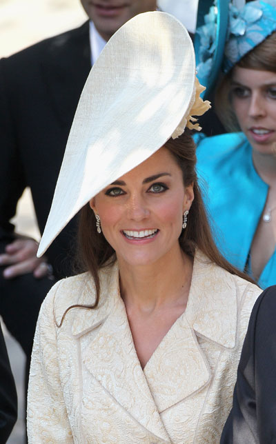 0801-kate-middleton-duchess-kate-wedding-eyeliner-eye-makeup_bd.jpg