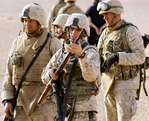 marines1.jpg