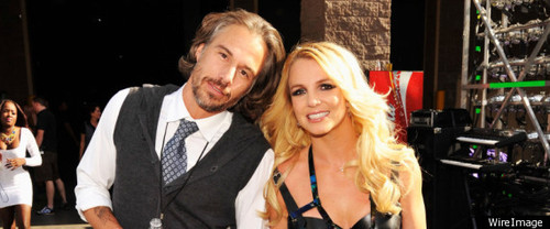 britney-spears-jason-trawick-engaged.jpg
