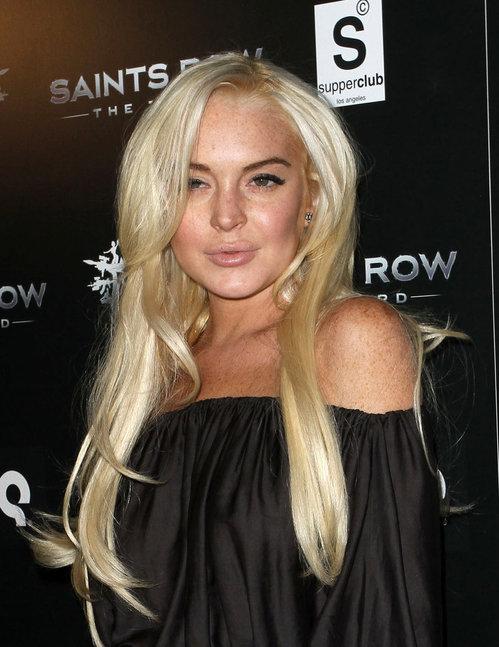 lindsay_lohan_blonde_hair_blac.jpg
