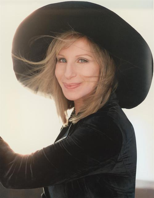 008_women_barbra_str.jpg