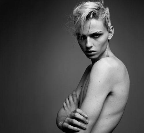 Andrej-Pejic-for-Next-Libération-Magazine-DesignSceneNet-01.jpg
