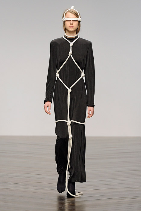 dezeen_Autumn-Winter-2013-collection-by-Eilish-Macintosh_2.jpg