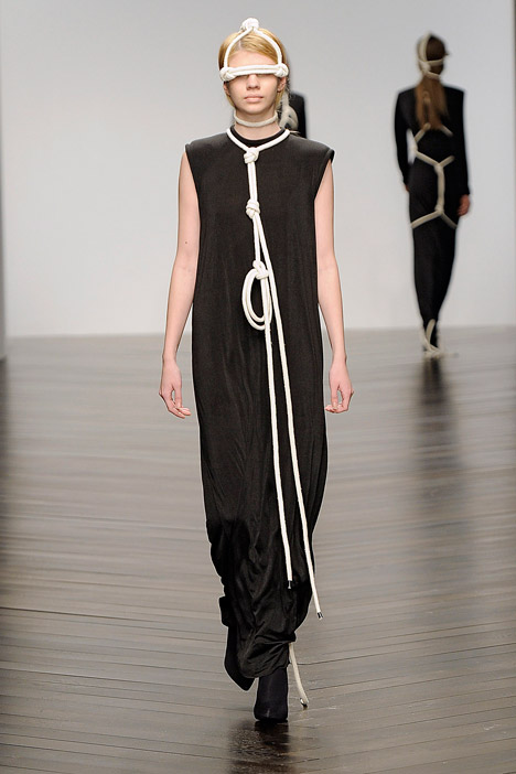 dezeen_Autumn-Winter-2013-collection-by-Eilish-Macintosh_4.jpg
