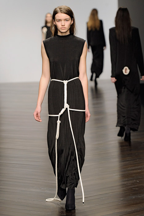 dezeen_Autumn-Winter-2013-collection-by-Eilish-Macintosh_9.jpg