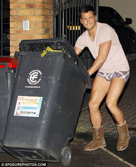 Mark-Wright-putting-the-bloody-bins-out.jpg
