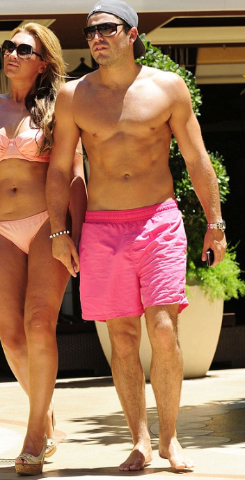 Mark-Wright-topless.png
