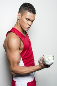 anthony-ogogo-3-subway.jpg