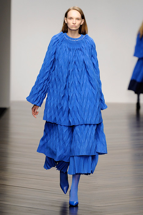 dezeen_Autumn-Winter-2013-collection-by-Jaimee-McKenna_3.jpg