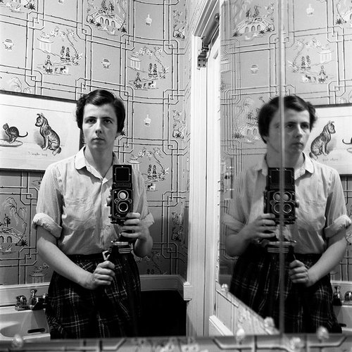 self_portrait_1_vivian_maier.jpg