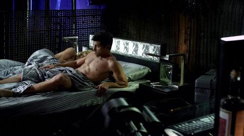 Adam-Huss-in-Femme-Fatales-episode-2.12-01.jpg