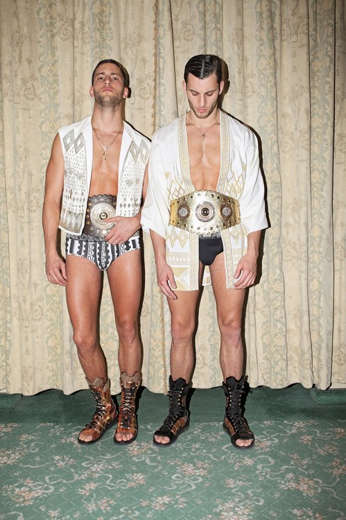 TOH-HOMOTOGRAPHY-TWINS-09.jpg