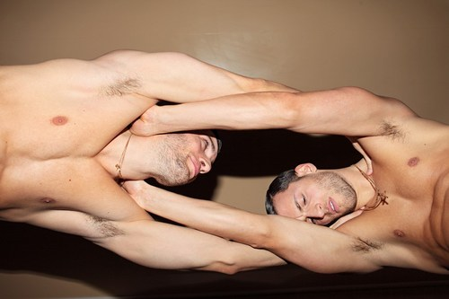 _TOH-HOMOTOGRAPHY-TWINS-13.jpg