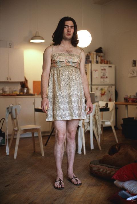 Фото парня в женском платье